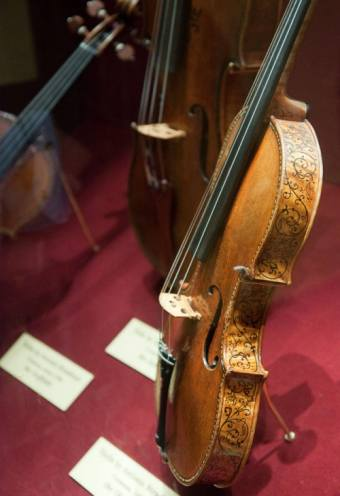 Ex-Ries Stradivari violin